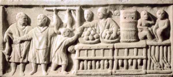 Romana vendiendo en el mercado