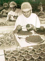 Envasando caviar