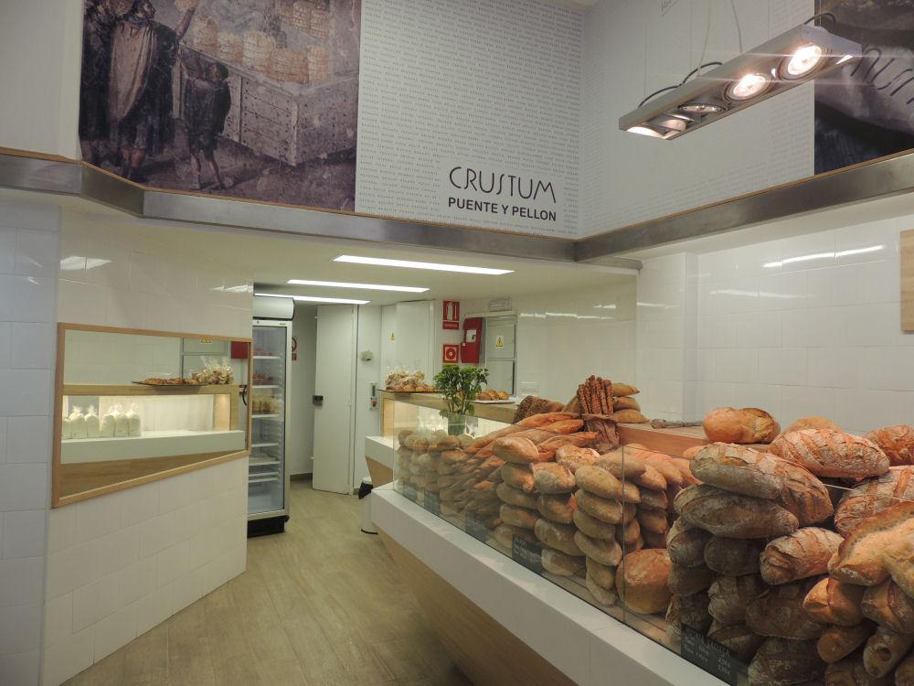 Panadería artesanal Crustum en Sevilla. Foto del autor
