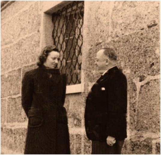 Constanze Mantziarly y el encargado del servicio doméstico de Hitler Artur Kannemberg